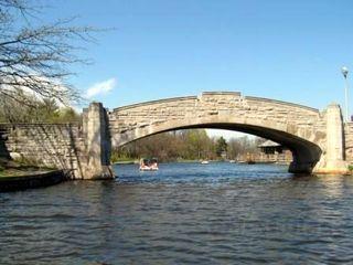 Bridge Close sm
