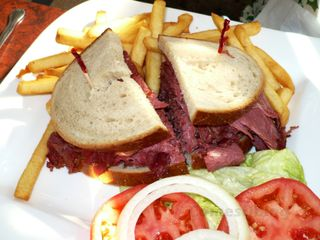 Harold's New York-style Corned Beef on Rye