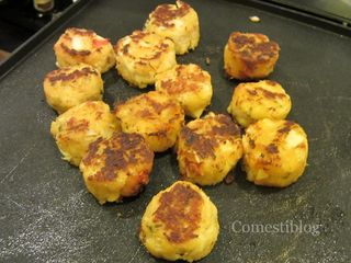 Pa-Nash's Herb-Crusted Lump Crab Cakes