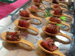 Seared Tuna with Sesame Soy Glaze