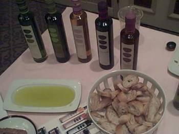 Gk_olive_oil